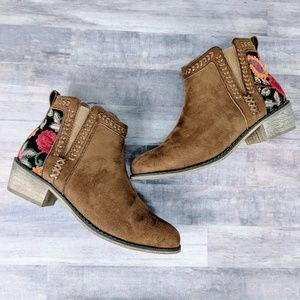 Embroidered faux suede ankle boots